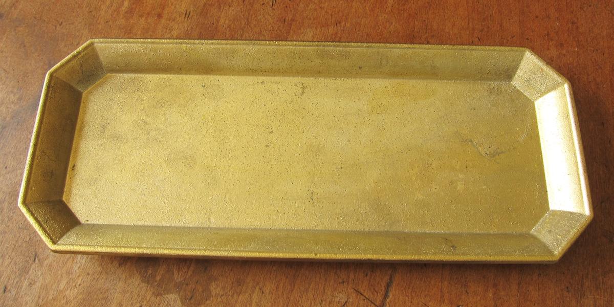 FUTAGAMIの真鍮製の文具トレイ