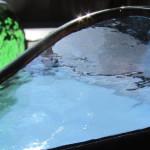 影の色まで美しい北一硝子の灰皿